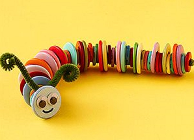 http://www.parents.com/fun/arts-crafts/kid/chenille-stem-craft-ideas/?page=9&socsrc=pmmpin042412buttoncaterpillar#page=9